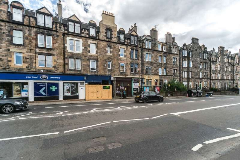 2 Bedrooms Flat for sale in Parsons Green Terrace, Edinburgh, EH8 7AF