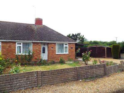 3 Bedrooms Bungalow for sale in Clenchwarton, King's Lynn, Norfolk