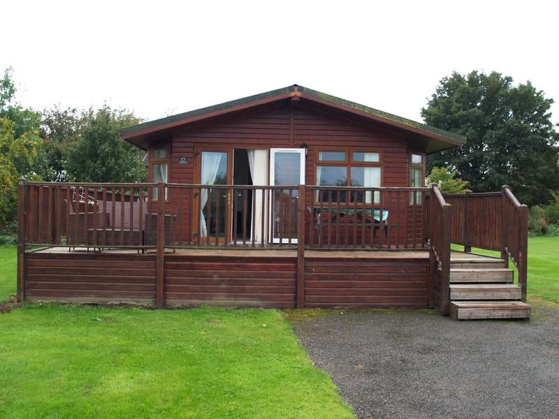 3 Bedrooms Detached House for sale in Flamingon Land, Kirby Misperton,, Malton, North Yorkshire, YO17