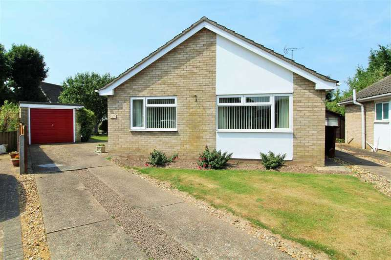 2 Bedrooms Bungalow for sale in Worthington Way, Prettygate, Colchester