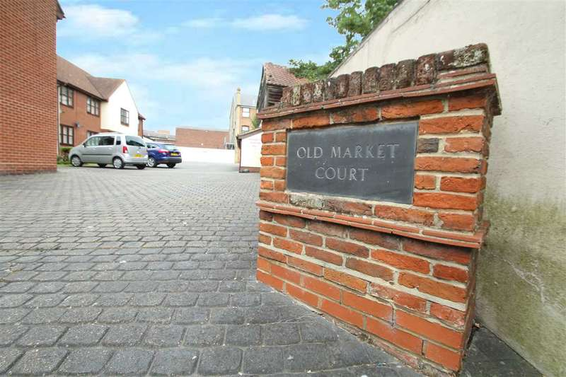 2 Bedrooms Apartment Flat for sale in Old Market Court, Burkitts Lane, Sudbury