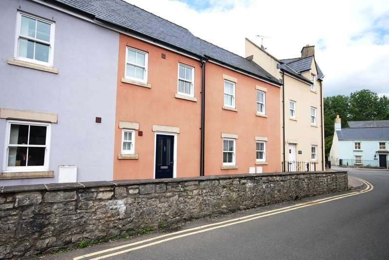 4 Bedrooms Town House for sale in Riverside Mews, Cowbridge, Vale of Glamorgan, CF71 7NA