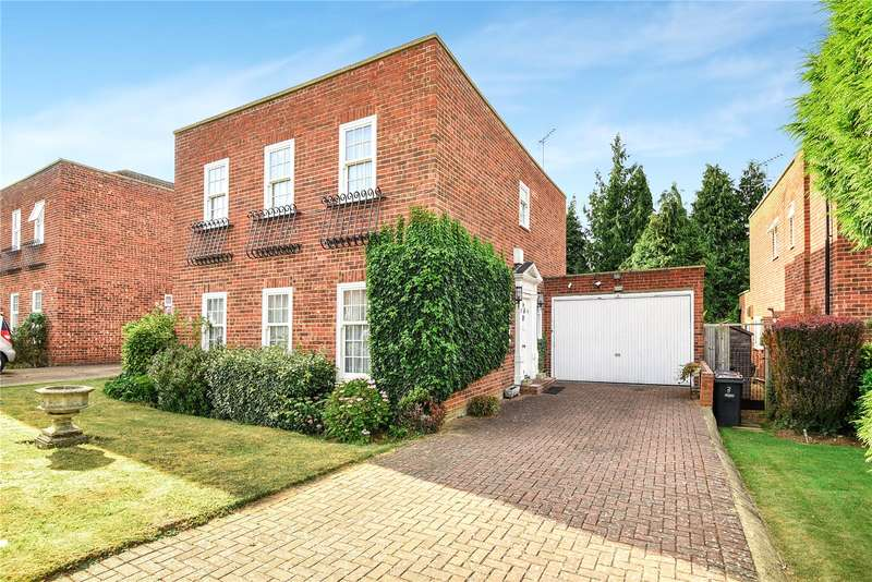 4 Bedrooms Detached House for sale in Georgian Close, Stanmore, Middlesex, HA7