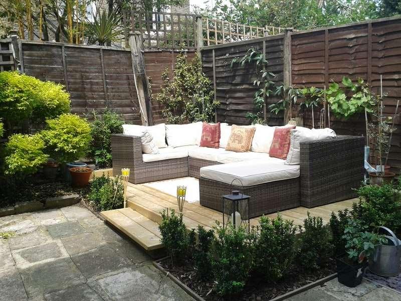 2 Bedrooms Flat for sale in Norfolk House Road, London, London, SW16