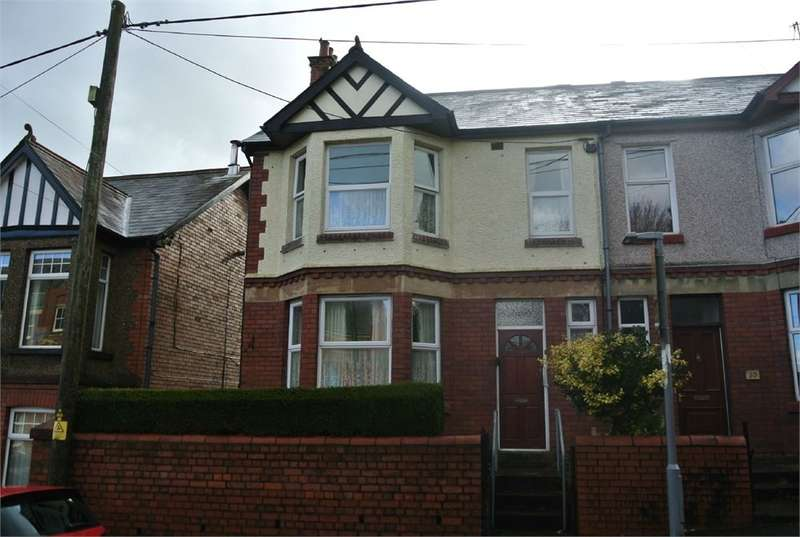 3 Bedrooms Semi Detached House for sale in Blaendare Road, PONTYPOOL, NP4