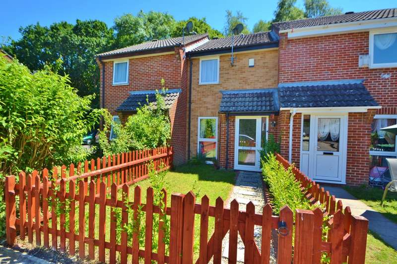 2 Bedrooms Terraced House for sale in Three Legged Cross
