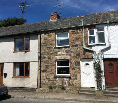 2 Bedrooms Terraced House for sale in Truro Road, Lanivet, Bodmin