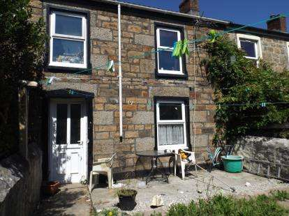 3 Bedrooms Terraced House for sale in Camborne, Cornwall