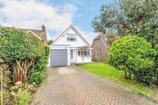 2 Bedrooms Detached House for sale in Newport Drive, Fishbourne, Chichester, West Sussex