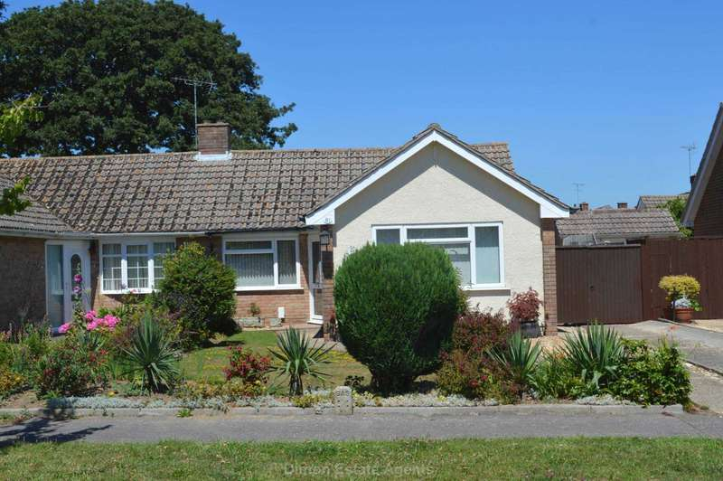 3 Bedrooms Semi Detached Bungalow for sale in Vectis Road, Alverstoke