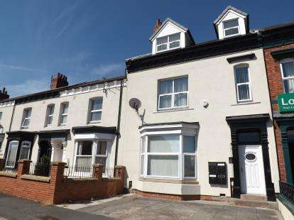 8 Bedrooms Terraced House for sale in Varo Terrace, Stockton-On-Tees