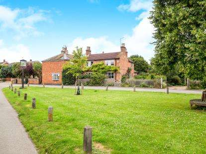 3 Bedrooms Detached House for sale in Main Street, Granby, Nottingham, Nottinghamshire