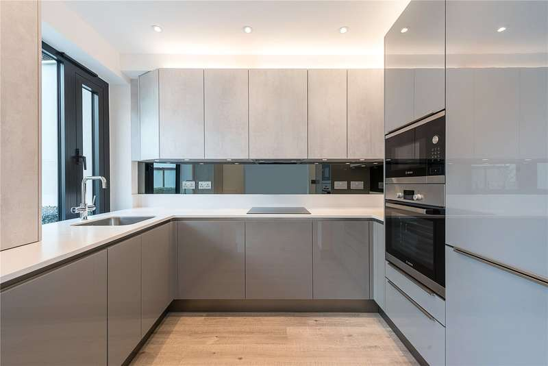 3 Bedrooms Flat for sale in Honeywood Road, Willesden, London, NW10