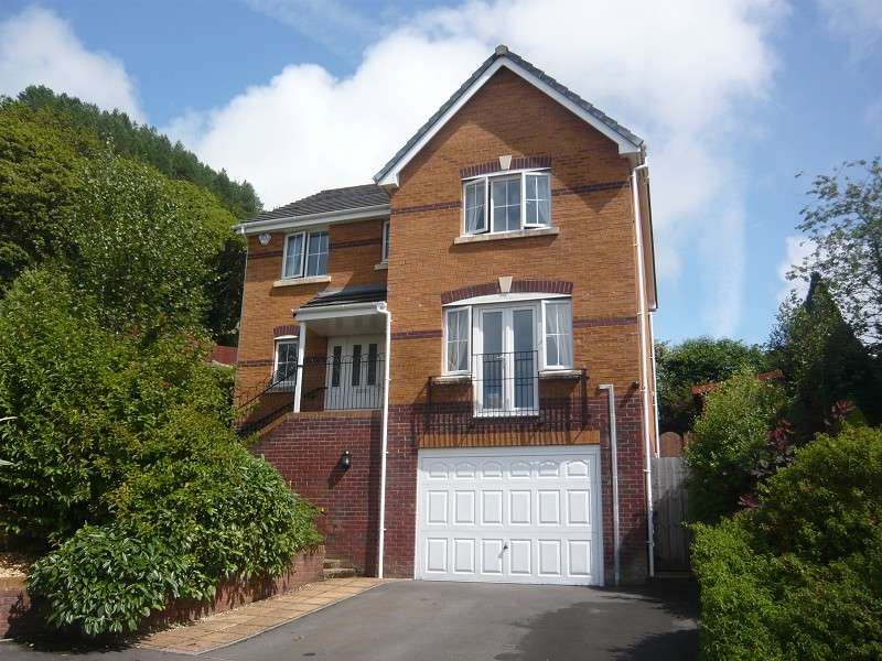 4 Bedrooms Detached House for sale in Ascot Drive, Baglan, Port Talbot, Neath Port Talbot. SA12 8YL
