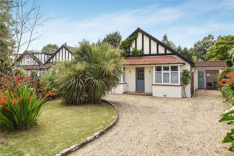 4 Bedrooms Bungalow for sale in Hercies Road, Hillingdon, Middlesex, UB10