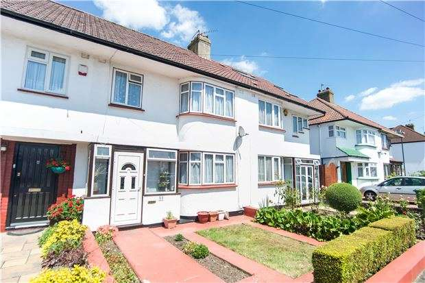3 Bedrooms Terraced House for sale in Wood Lane, London, NW9 7PD