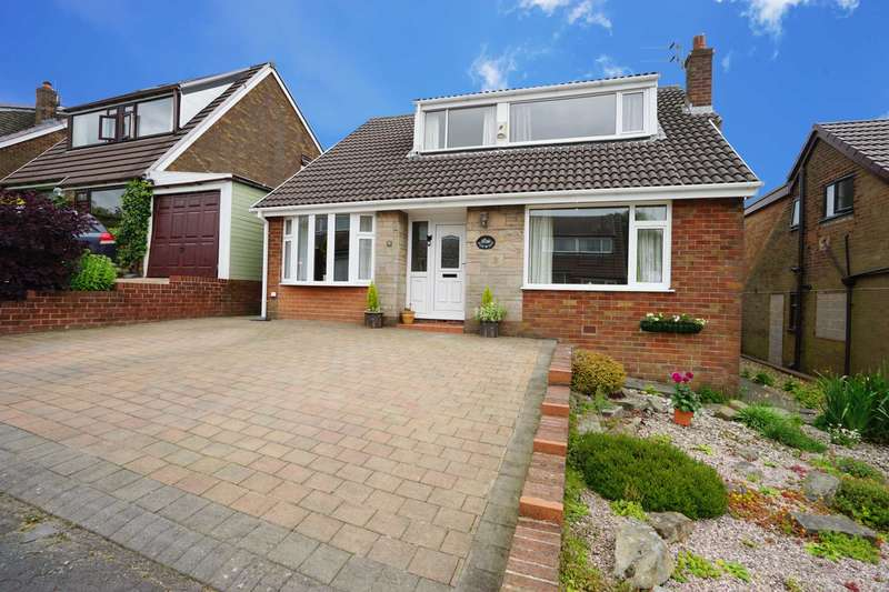 4 Bedrooms Detached House for sale in Stoneycroft Ave, Horwich