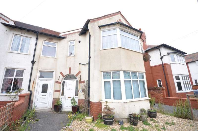 1 Bedroom Flat for sale in Rowsley Road, St Annes, Lytham St Annes, Lancashire, FY8 2NT