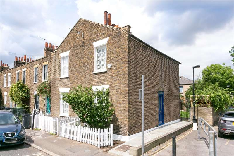 2 Bedrooms Semi Detached House for sale in Lillieshall Road, London, SW4