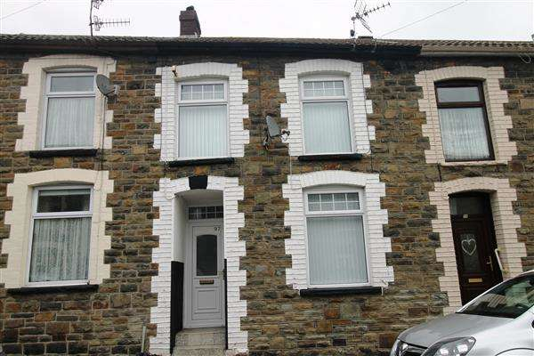 3 Bedrooms Terraced House for sale in Jones Street, Clydach, Tonypandy