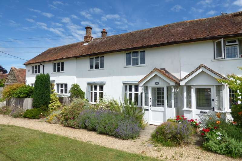 2 Bedrooms House for sale in Lavender Row, Stedham, Midhurst, GU29