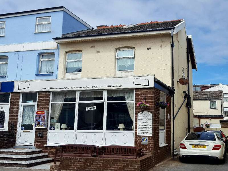 12 Bedrooms Hotel Commercial for sale in Wellington road, BLACKPOOL, FY1 6AR