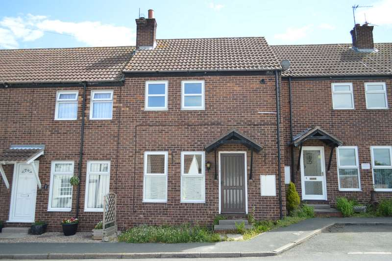 2 Bedrooms Terraced House for sale in Main Street, Withernwick, East Riding of Yorkshire