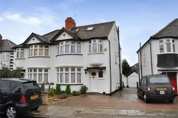 4 Bedrooms Semi Detached House for sale in Tithe Close, Mill Hill