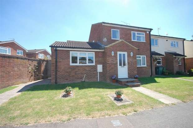 4 Bedrooms End Of Terrace House for sale in Magpie Way, Winslow, Buckinghamshire