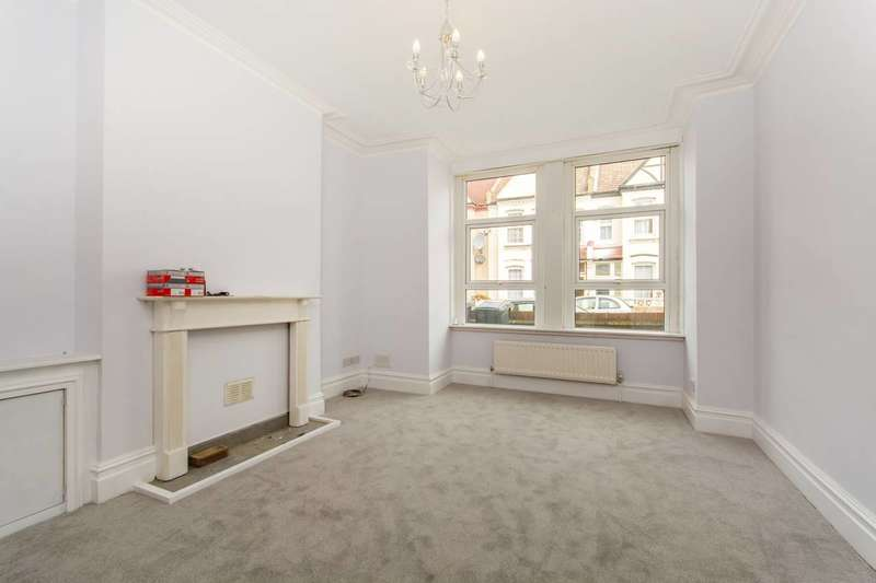 2 Bedrooms Flat for sale in Nova Road, Croydon, CR0