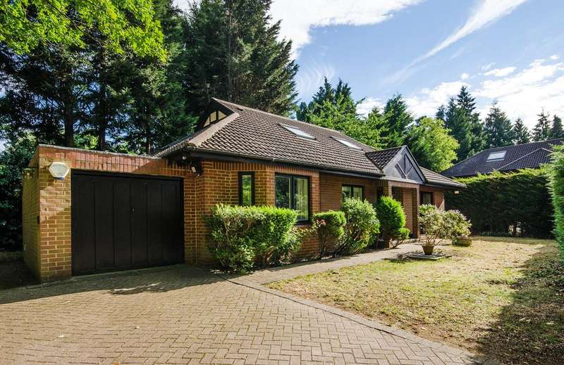 4 Bedrooms Bungalow for sale in Potter Street Hill, Pinner, HA5