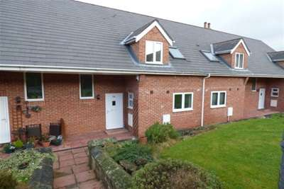 2 Bedrooms House for rent in Orchard Cottage, L25 4AG