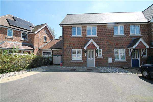 2 Bedrooms End Of Terrace House for sale in Blue Leaves Avenue