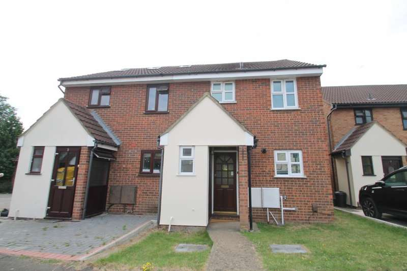 3 Bedrooms Semi Detached House for sale in BRONTE CLOSE, GANTS HILL