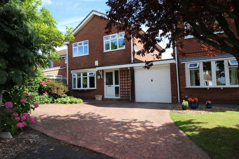 3 Bedrooms Semi Detached House for sale in Acresfield, Astley,Tyldesley, Manchester, M29