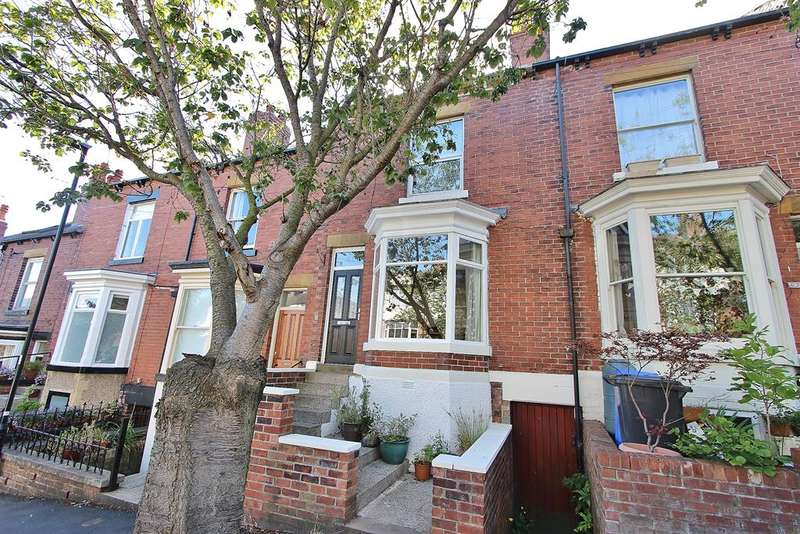 4 Bedrooms Terraced House for sale in Louth Road, Greystones, Sheffield, S11 7AU