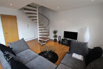 2 Bedrooms Flat for rent in Dunlop Street, CITY CENTRE