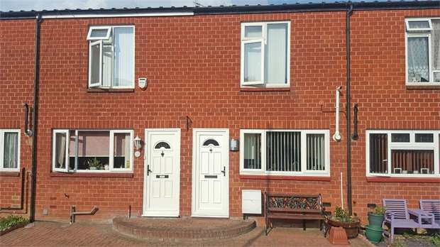 2 Bedrooms Terraced House for sale in Whitehall Road, Uxbridge, Greater London