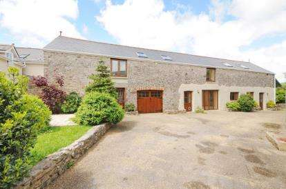 4 Bedrooms Detached House for sale in Newton Abbot, Devon