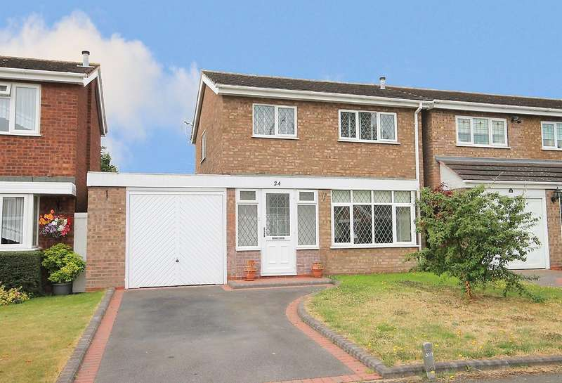 3 Bedrooms Detached House for sale in Chartwell, Riverside, Tamworth B77 7UG