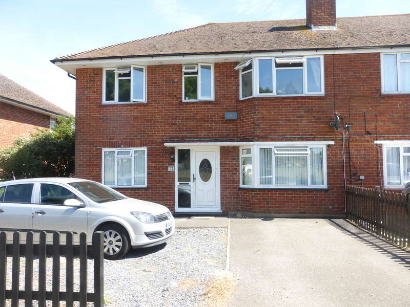 2 Bedrooms Ground Maisonette Flat for sale in Milne Park East, New Addington, Croydon, CR0