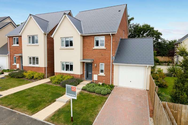 4 Bedrooms Detached House for sale in Pengelly Close, Kingsteignton