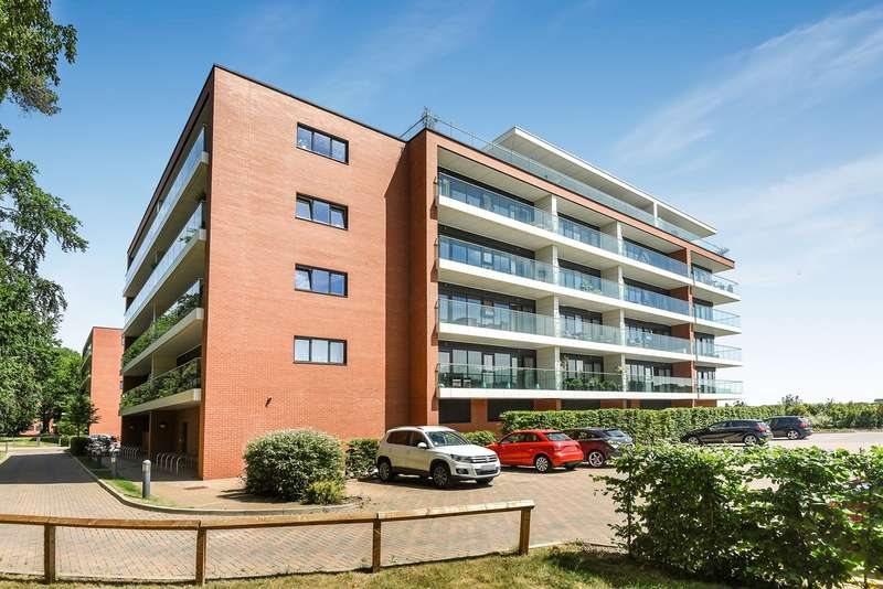2 Bedrooms Apartment Flat for sale in Racecourse Road, Newbury, RG14