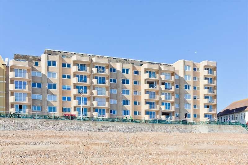 3 Bedrooms Flat for sale in Bath Court, Kings Esplanade, Hove, East Sussex, BN3