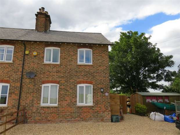 3 Bedrooms Semi Detached House for sale in Postland, Crowland, Peterborough, Lincolnshire