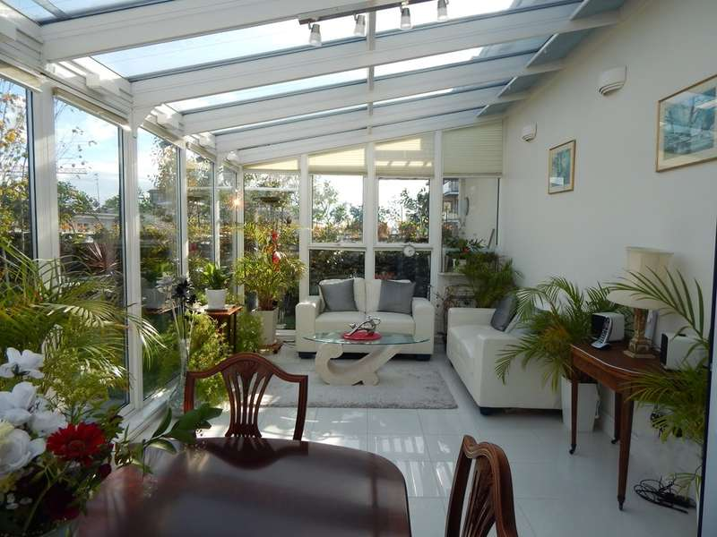 3 Bedrooms Property for sale in Heritage Avenue, Colindale, London, NW9