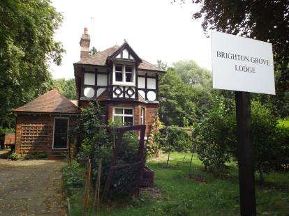 2 Bedrooms Detached House for sale in Brighton Grove, Manchester, Greater Manchester