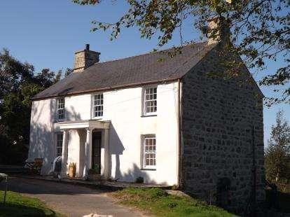 3 Bedrooms Detached House for sale in Rhydyclafdy, Pwllheli, Gwynedd, LL53