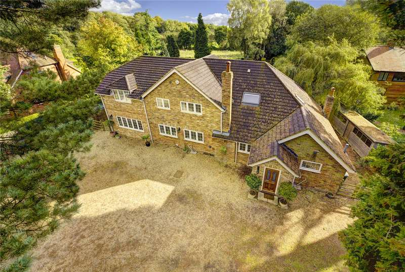 5 Bedrooms Detached House for sale in Marriotts Avenue, South Heath, Great Missenden, Buckinghamshire, HP16