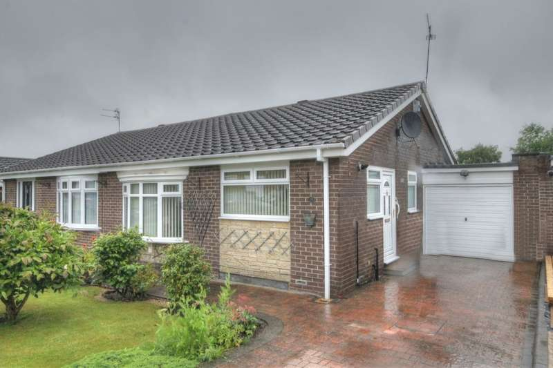 2 Bedrooms Semi Detached Bungalow for sale in Hartburn Drive, Chapel Park, Newcastle Upon Tyne, NE5